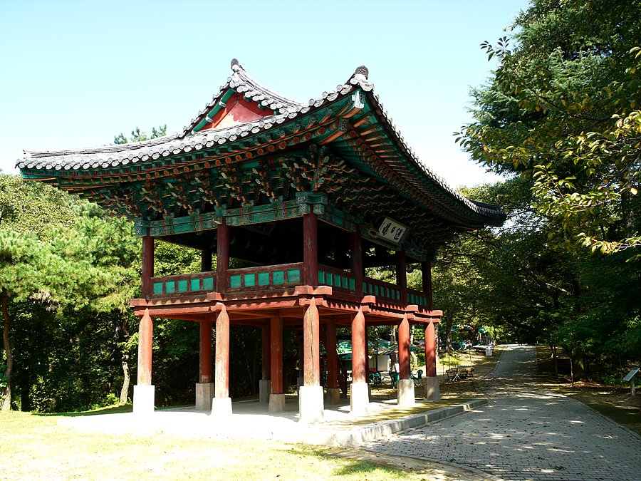 Busosansung_Yeongilru02.jpg