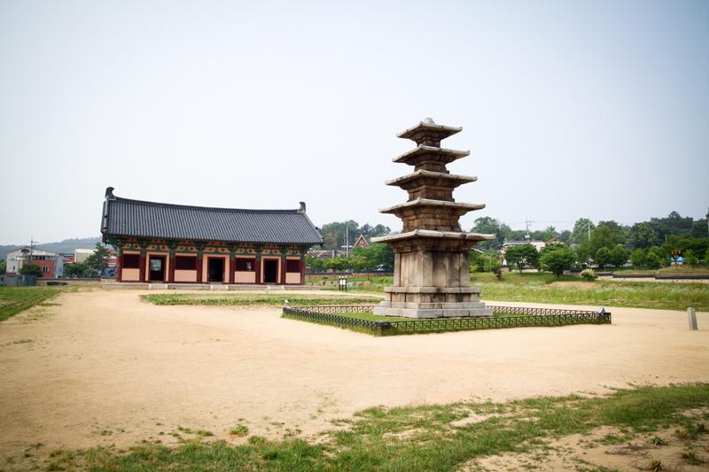 Jeongnimsaji01.jpg