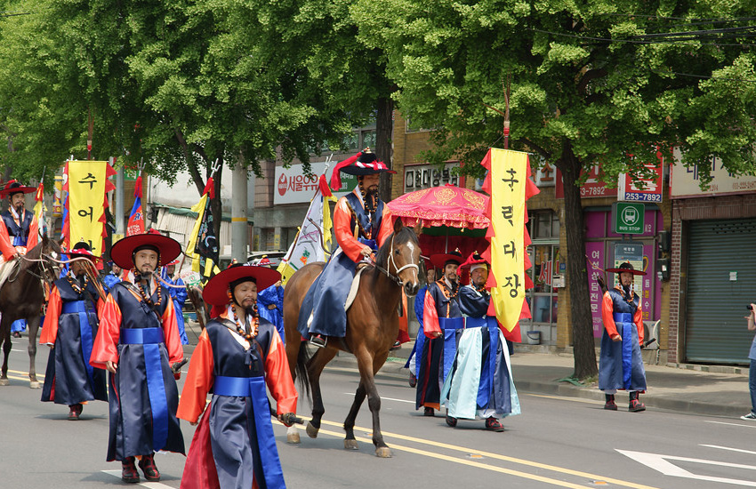 HwaseongHaengCha02.jpg